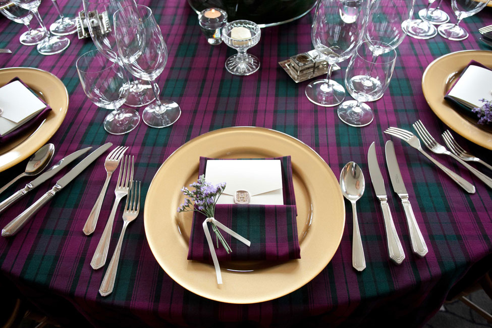 Barra Tartan table linen and napkins